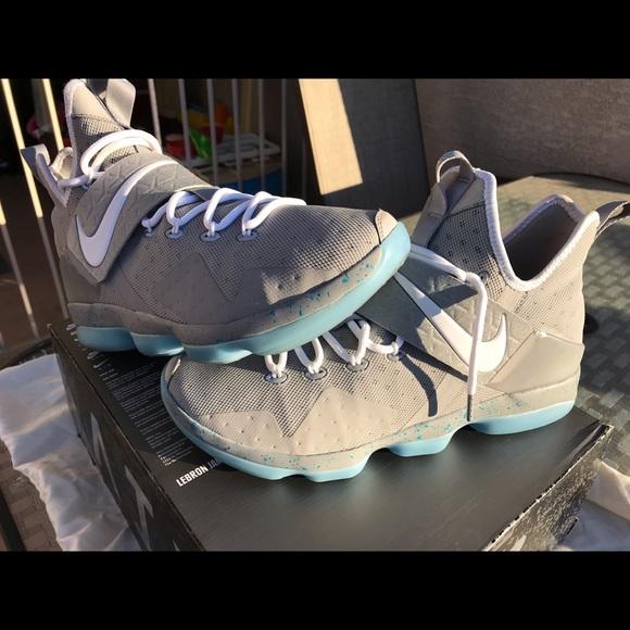 Nike Shoes   Lebron Xiv Back To The